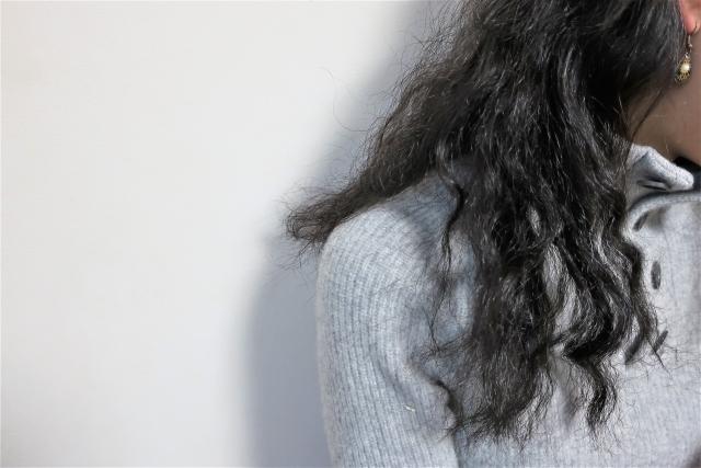 くせ毛にパーマをかけるとどうなる?メリットとデメリットを美容師が紹介
