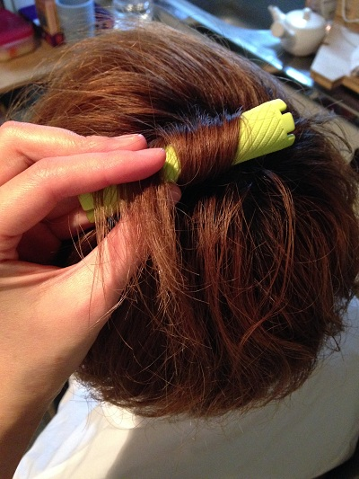 パーマとストレートパーマはどっちの方が傷むの?髪のダメージする原因とは