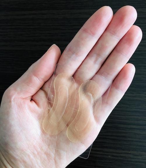 まぶたのくぼみにヒアルロン酸パッチは効くのか?体験談レビュー