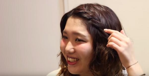 前髪の簡単編み込みのやり方でヘアアレンジ!ロングヘアーもピン1本で可愛い髪型に