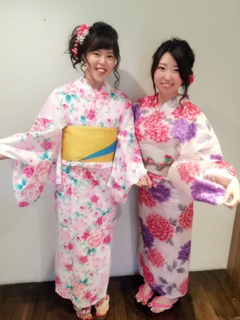 浴衣の着付けやヘアアレンジも金沢市美容室4cmにお任せ!花火大会やお祭りをエンジョイしよう。
